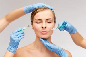 Preenchimento facial com ácido hialurônico: tudo sobre o procedimento