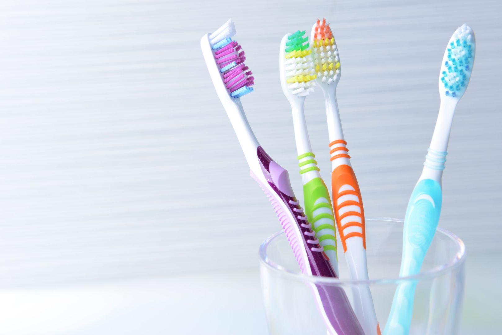 Escova de dentes: você sabe escolher as cerdas?